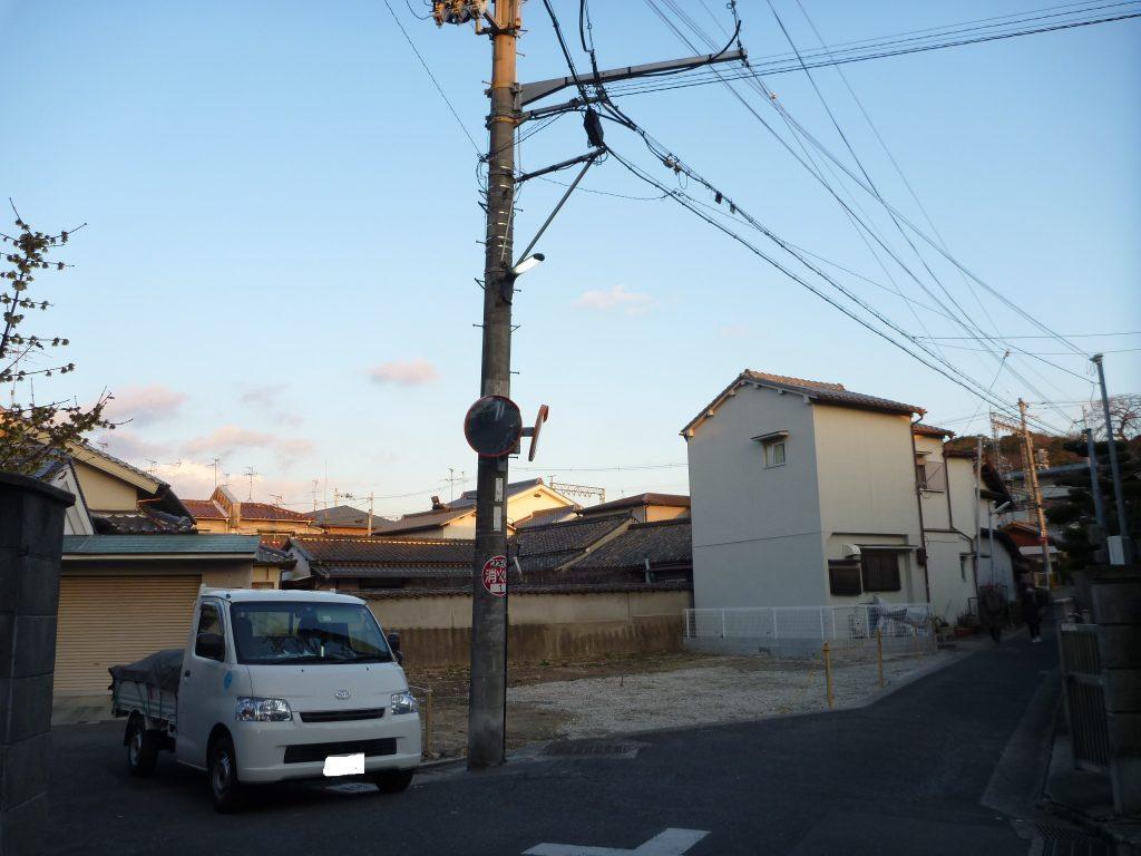 敷地 電柱